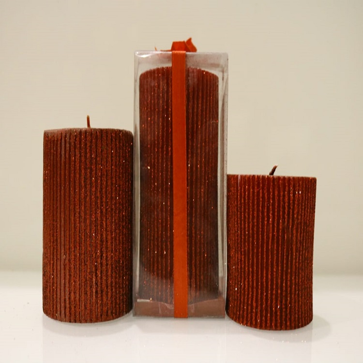 Passero Crafted Red Candle Set